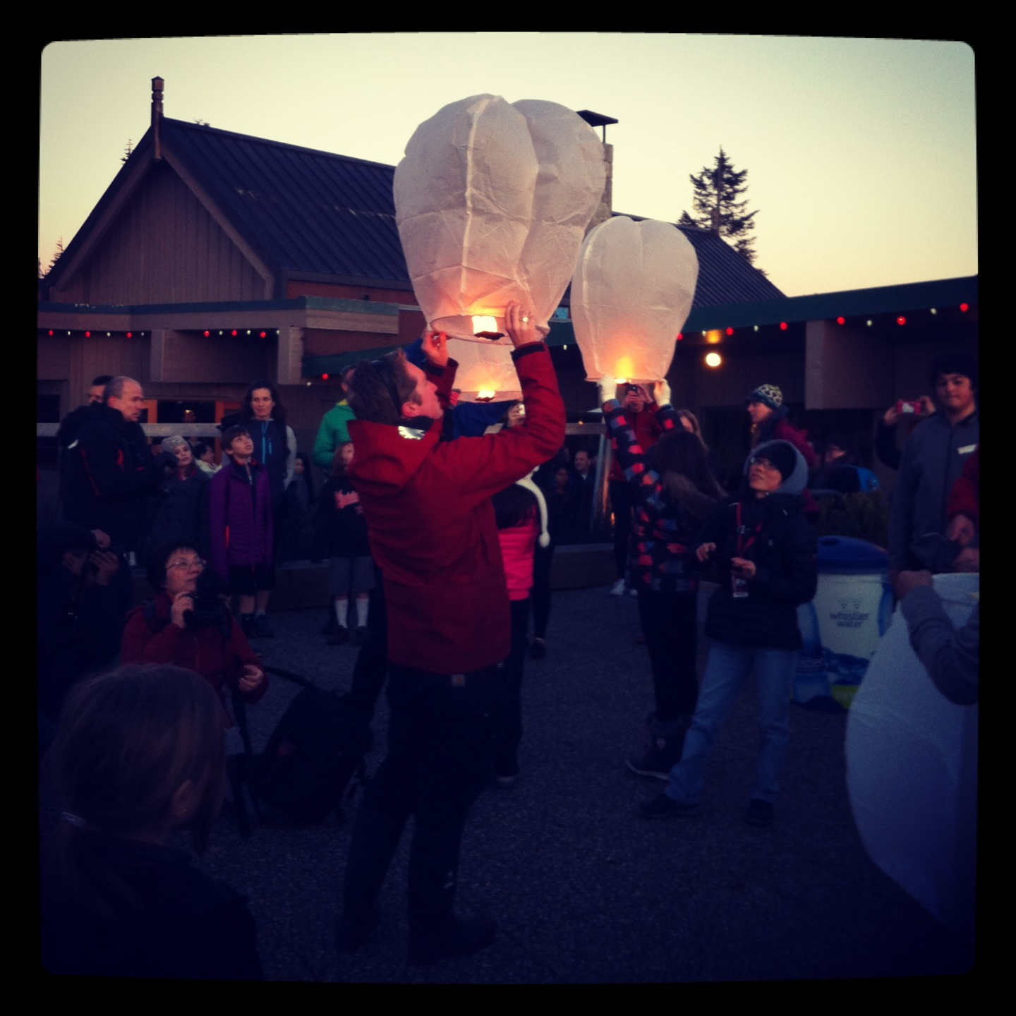 It was exciting to see everyone lite their lanterns!