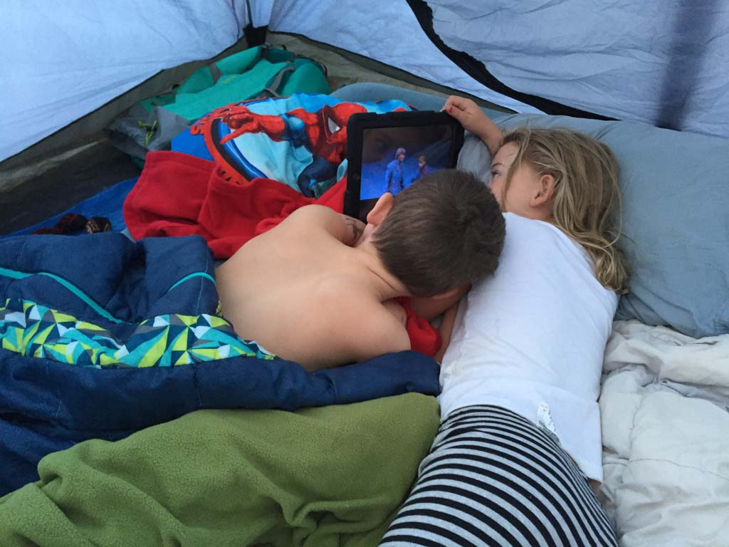 kids-having-a-sleepover-in-a-tent
