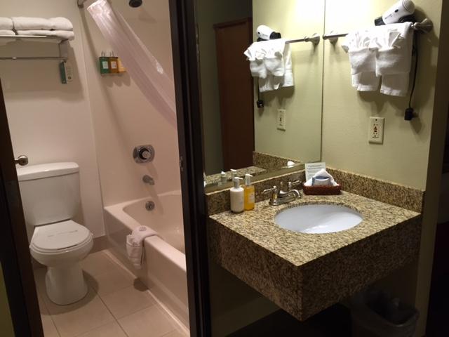 Marina Inn Hotel Bathroom Anacortes