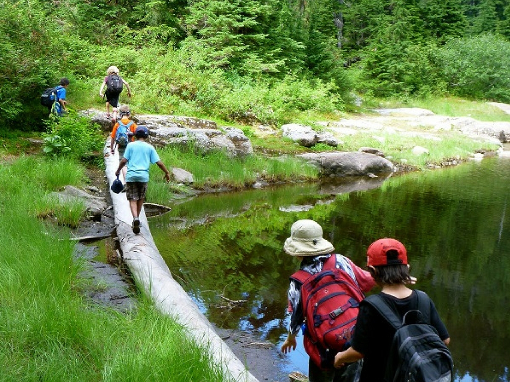 Mt. Seymour eco adventure camp for the best adventure camps for kids list