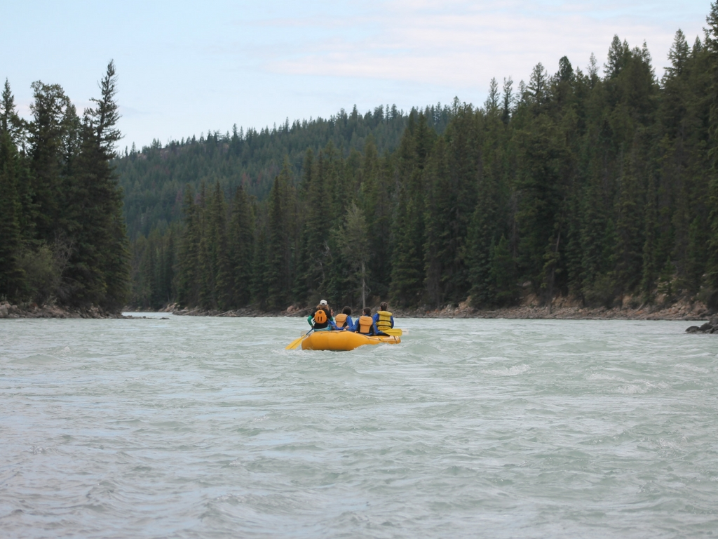 Beginning of a rafting trip in Jasper