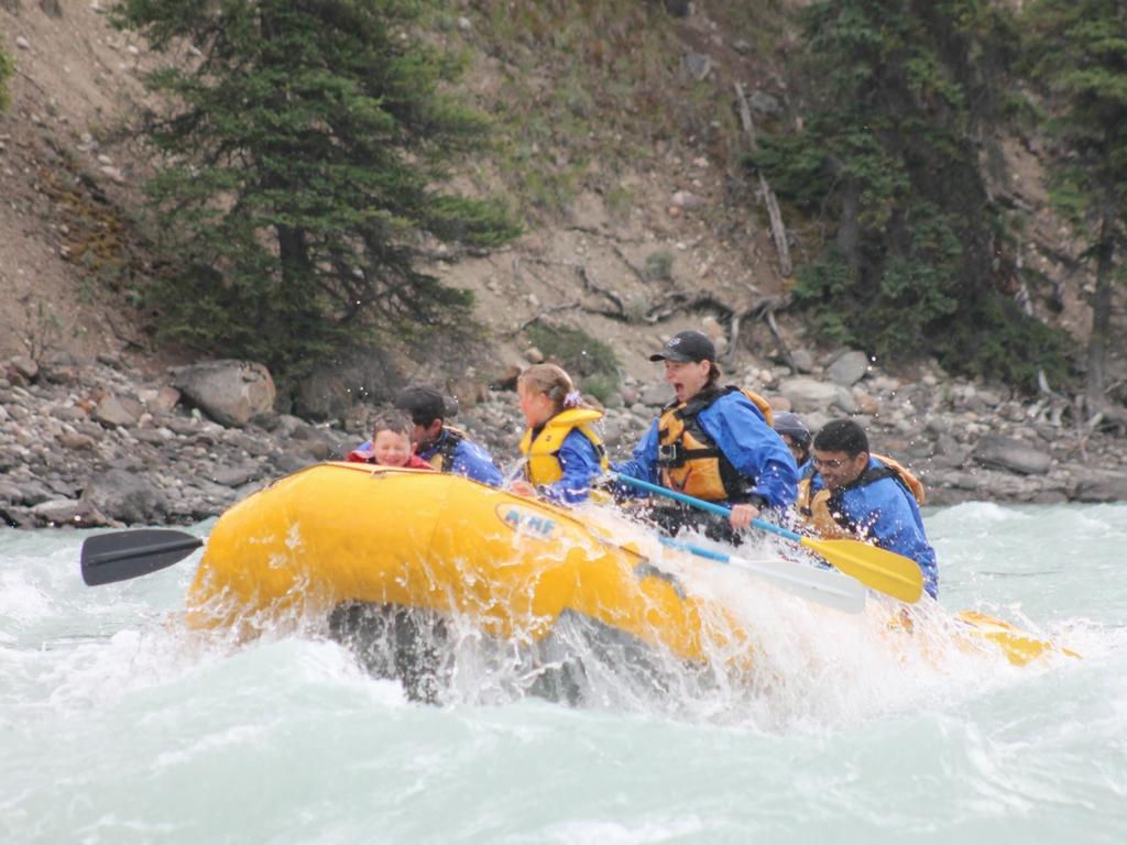 white water rafting in jasper