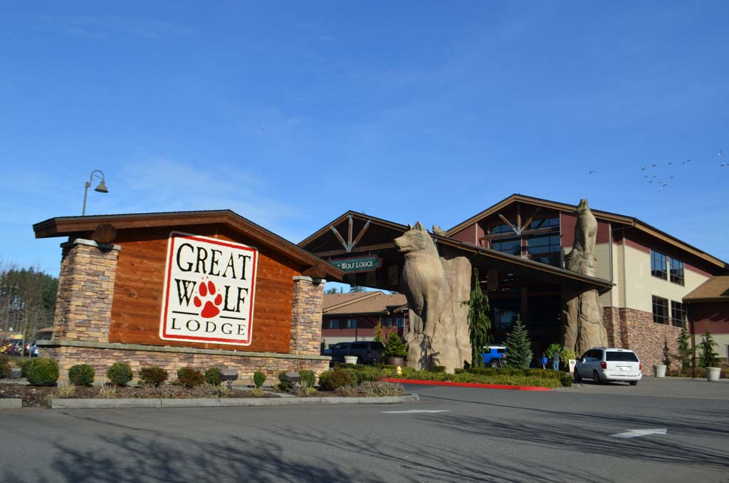 Outside of Great Wolf Lodge in Grand Mound WA