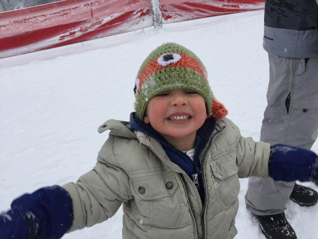 small child at whistler tube park