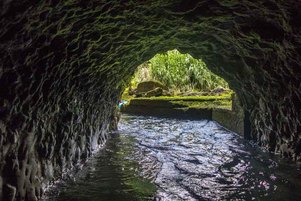 Kauai tubing tunnel