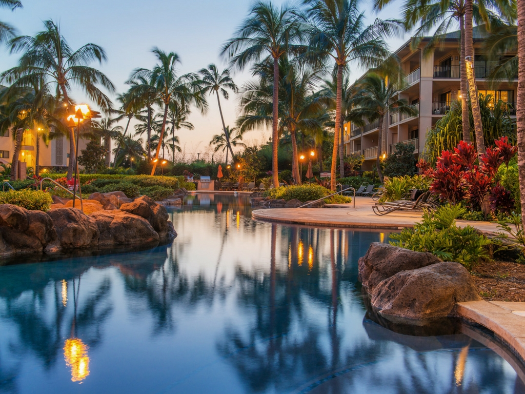 family-pool-at-koloa-landing-resort-kauai