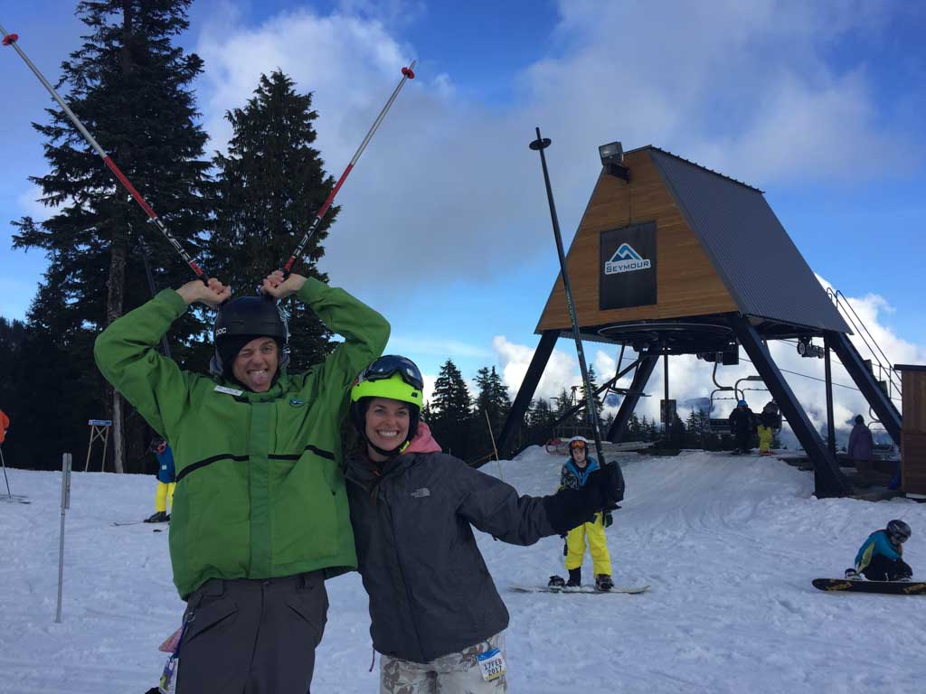 ski-instructor-and-student-on-mount-seymour