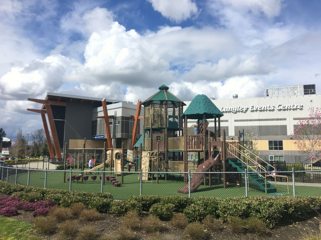 playground-at-willoughby-community-park-beside-the-langley-event-centre