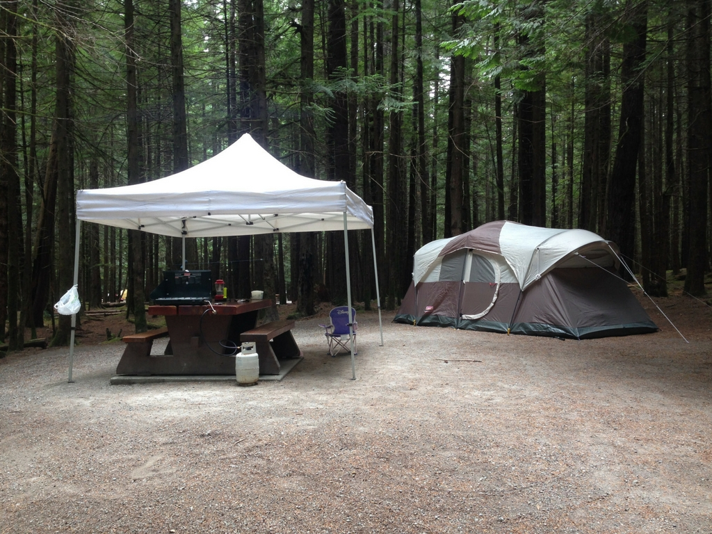 campsite-with-tent-at-alice-lake