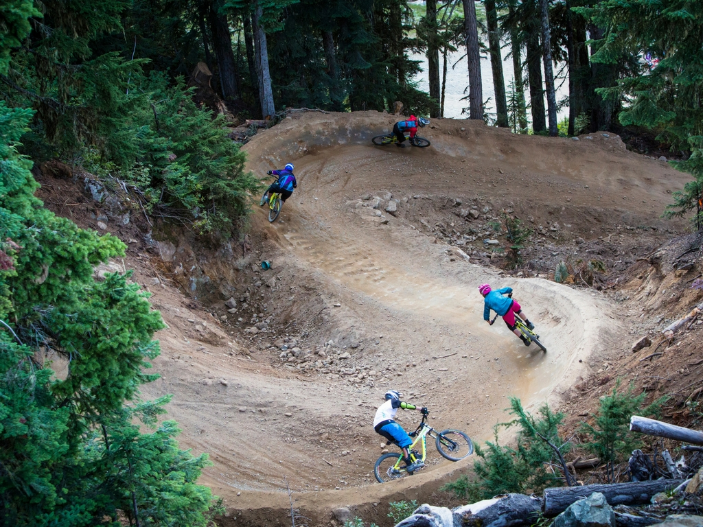 women-biking-at-whistler-bike-park
