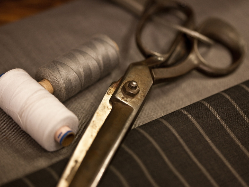 Clothing tailor tools for fathers day gift guide