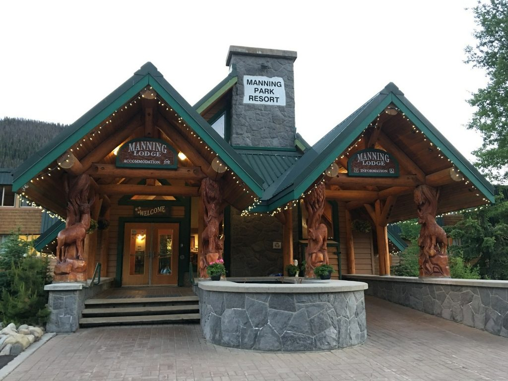 Manning Park resort for family reunion sites in BC