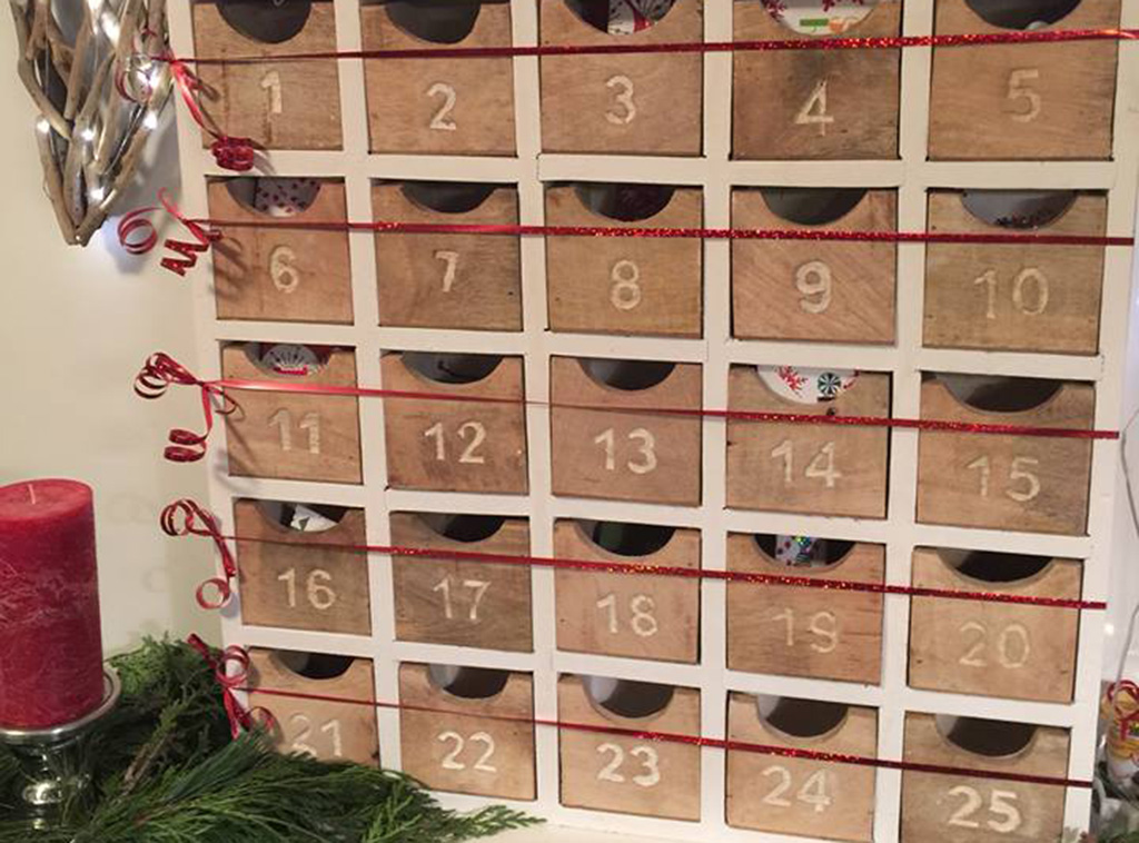 wooden-advent-calendar
