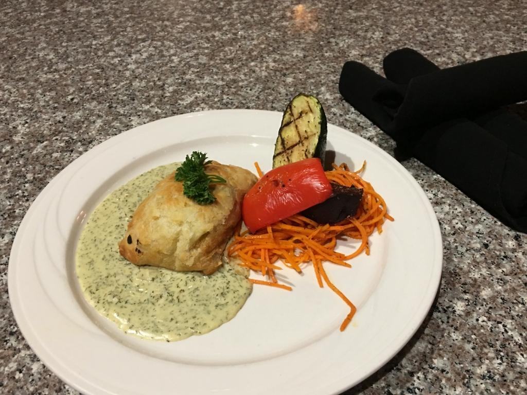 salmon-wellington-at-clubhouse-restaurant