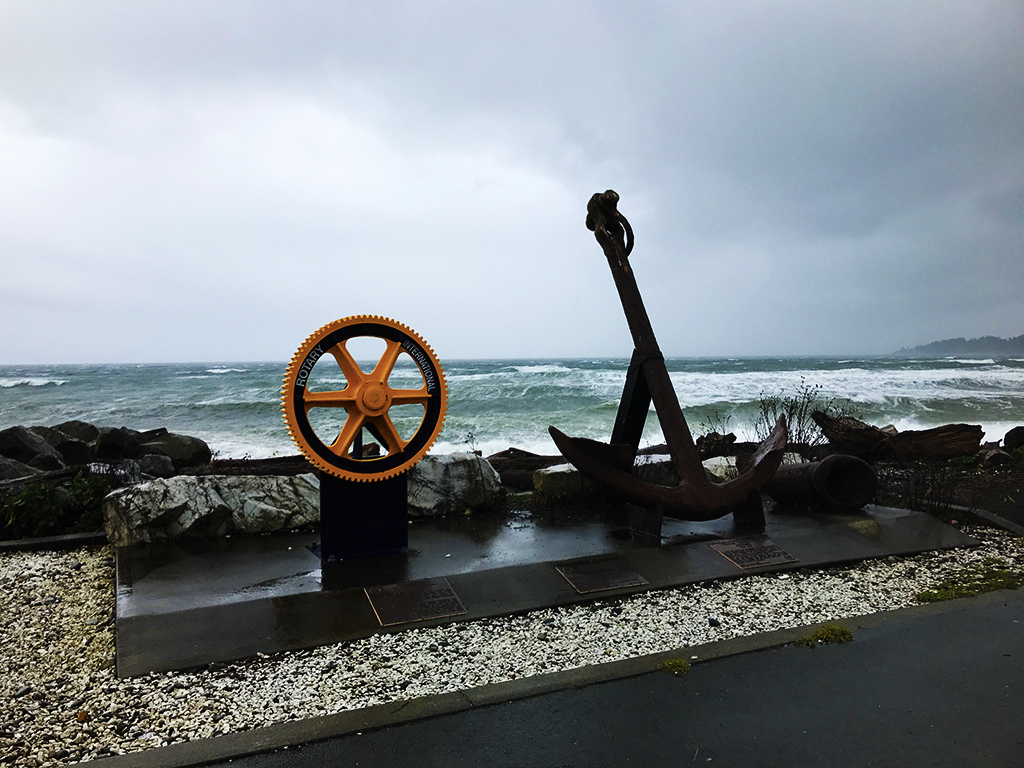 Stormwatching at Rotary Beach in Campbell River