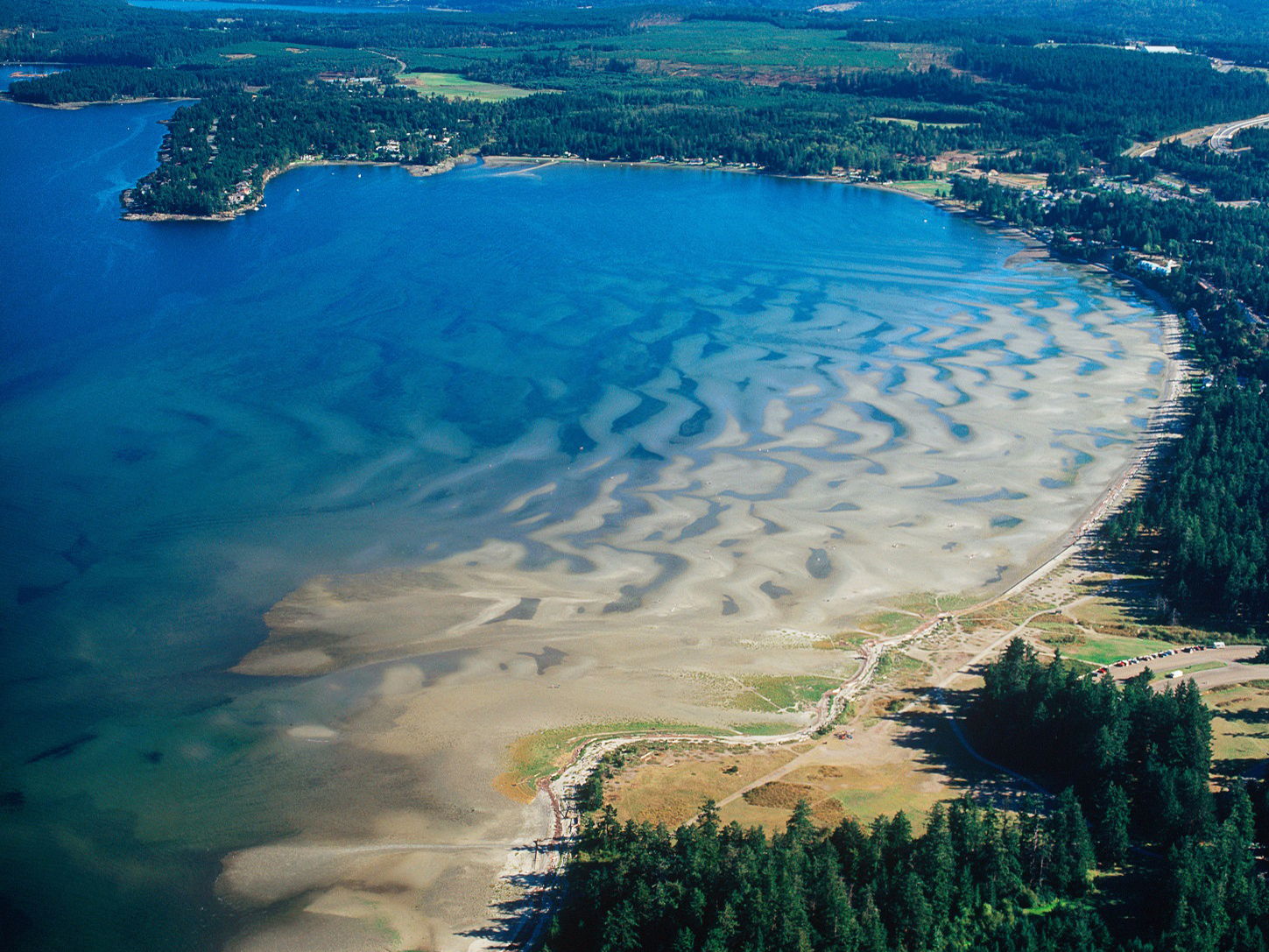 ARND8H Aerial view of Rathtrevor Beach provincial park, Parksville, Vancouver Island, British Columbia, Canada.