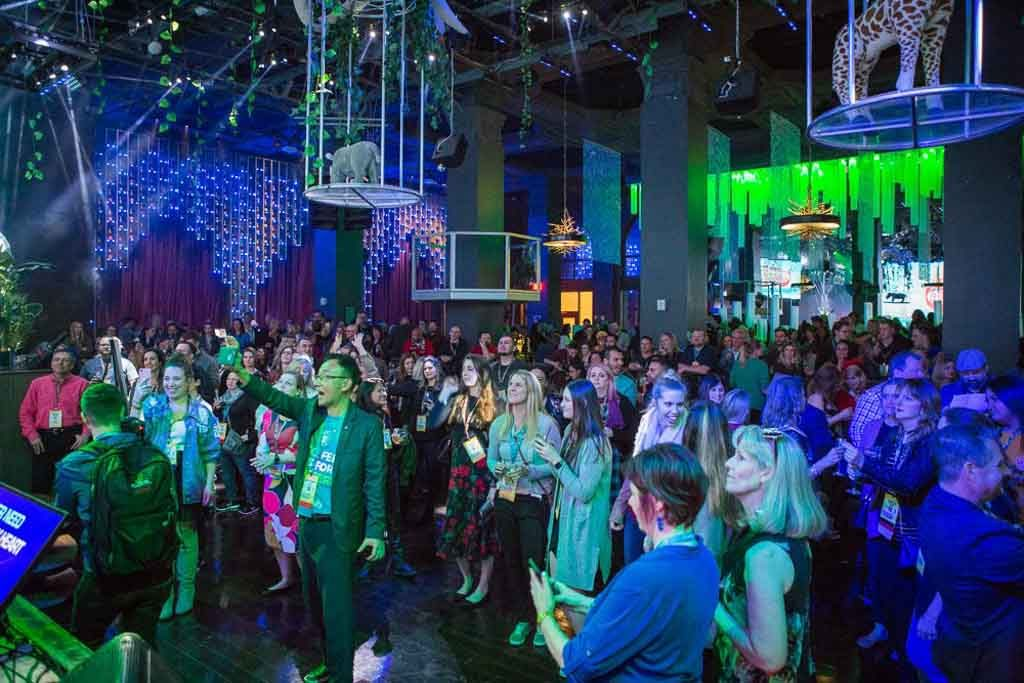 networking-party-at-a-nightclub