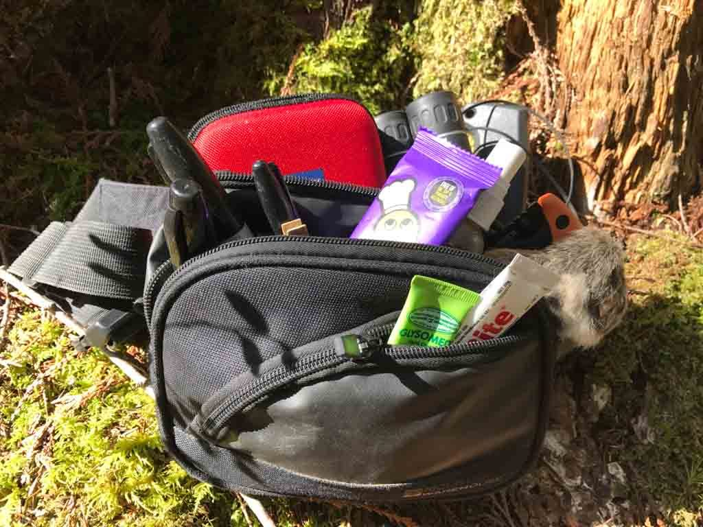 what-to-pack-for-a-family-hike-gear-bag