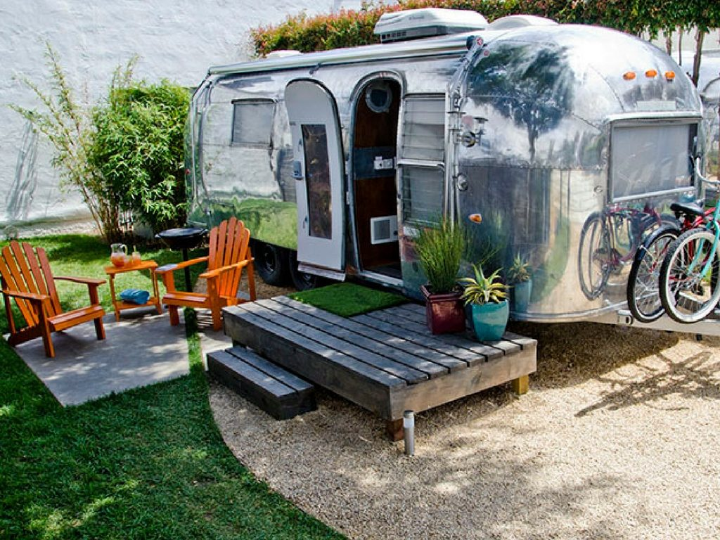 airstream-trailer-for-rent-on-glamping-hub