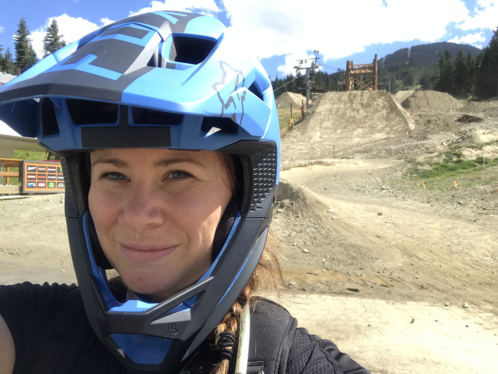 woman-at-bike-park