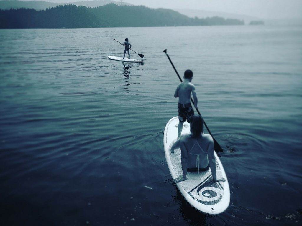 kids-and-mom-paddleboarding