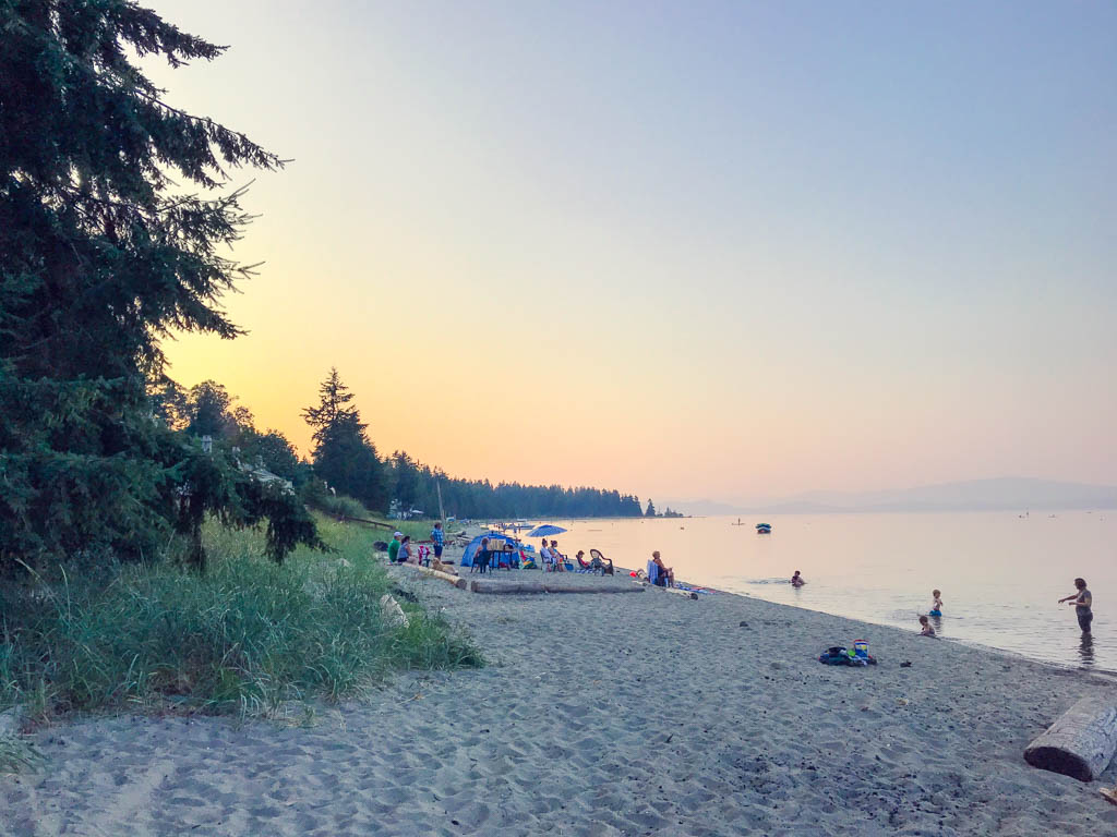 beach-in-parksville