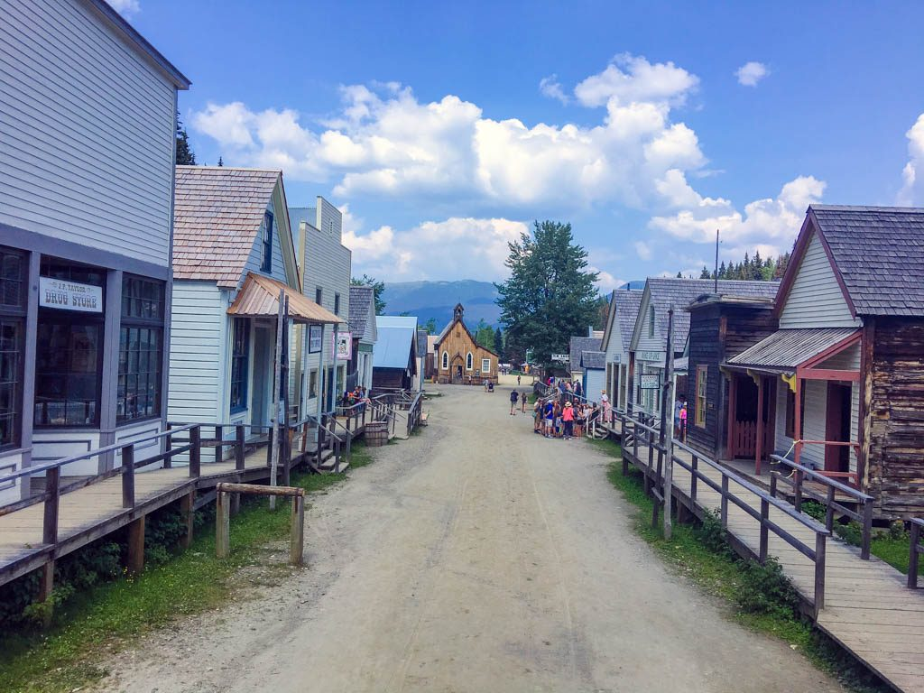 barkerville-old-town-on-dirt-road