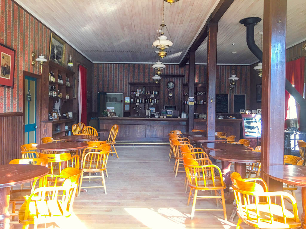 empty-restaurant-at-barkerville