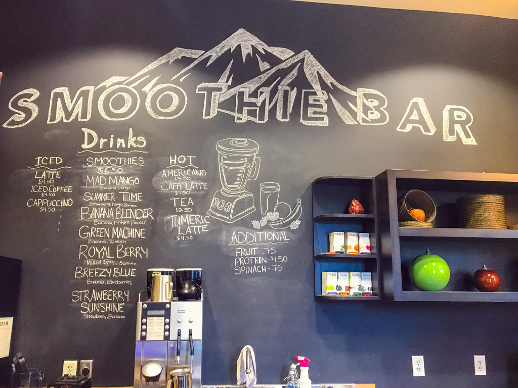smoothie-bar-menu-at-bear-mountain-resort