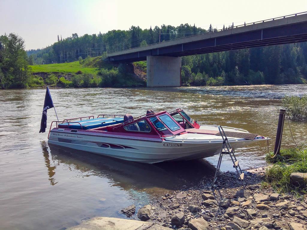 jet-boat-river-tour-tumbler-ridge