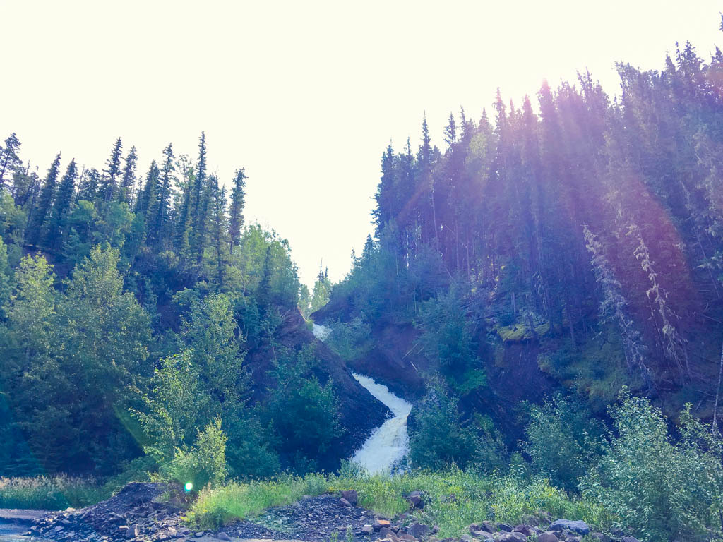 waterfall-tumbler-ridge