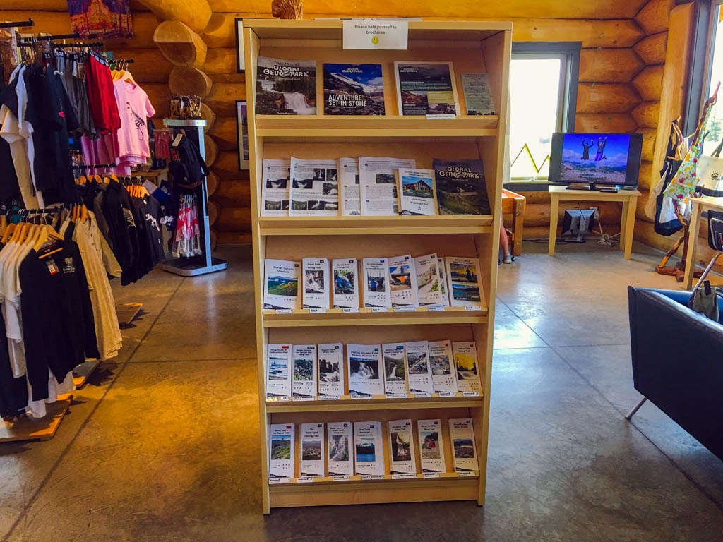 visitor-information-center-tumbler-ridge