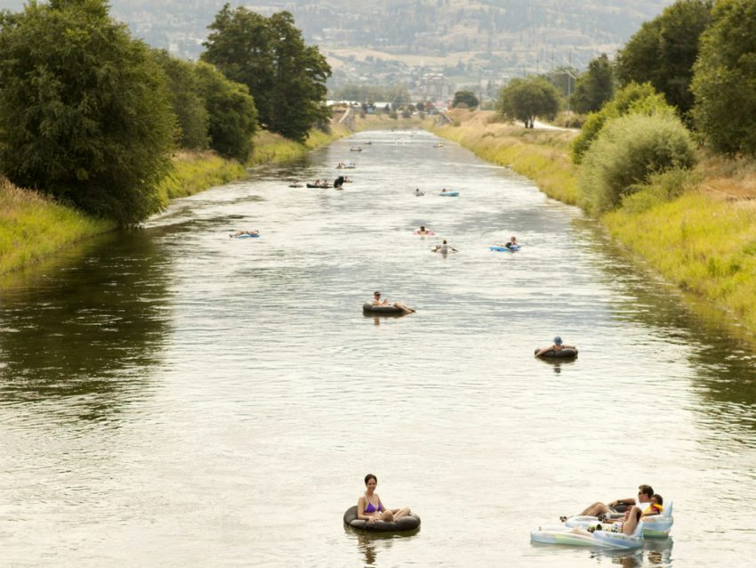 people-floating-down-penticton-channel