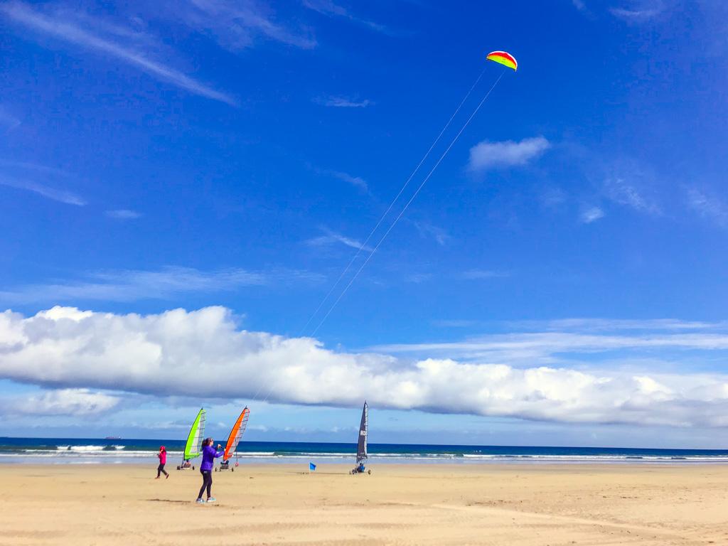 flying-kite-on-beach-in-ireland