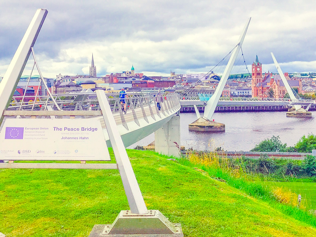 peace-bridge-in-derry-ireland