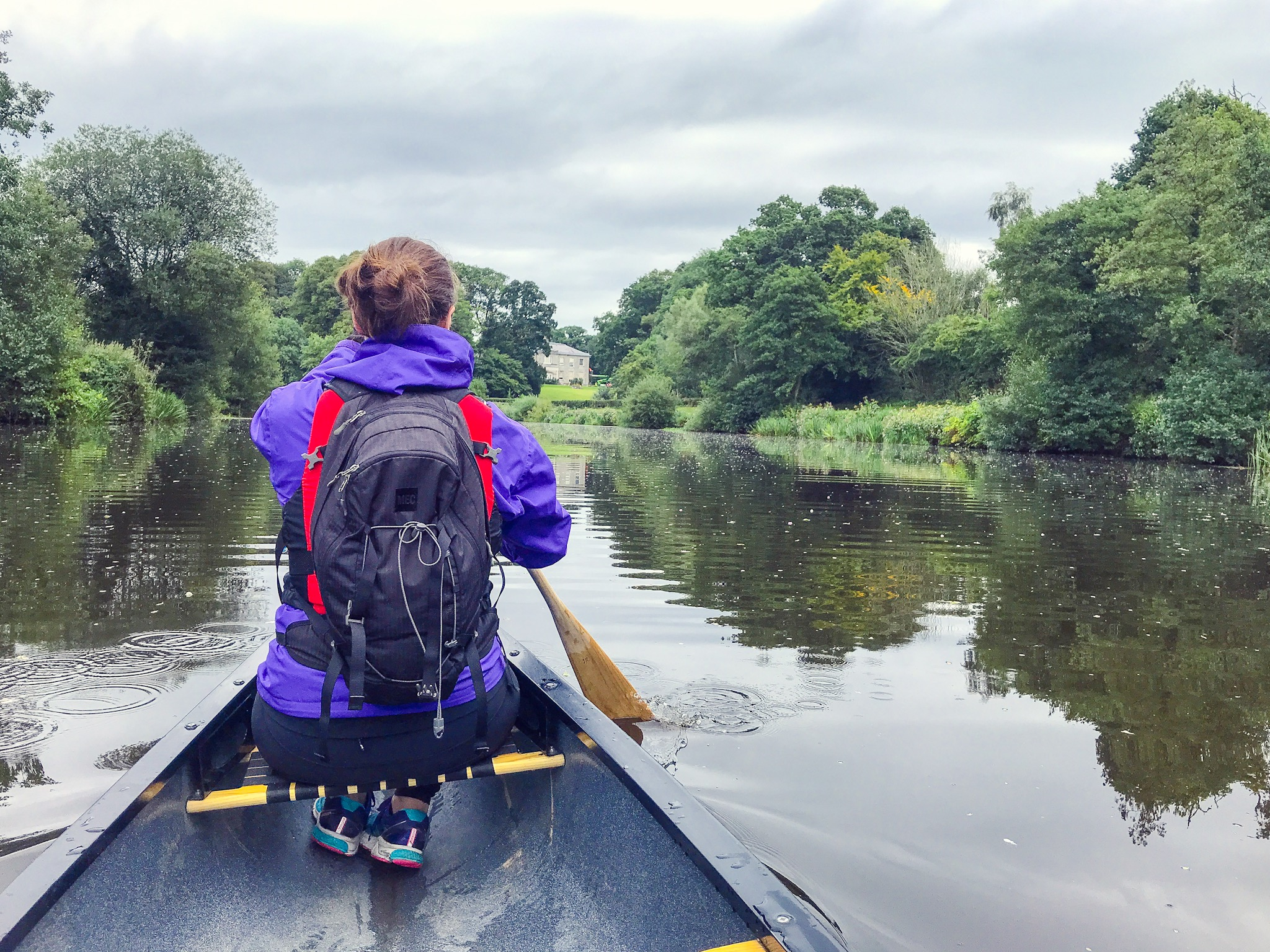 Jami Savage canoeing Northern Ireland on River Blackwater