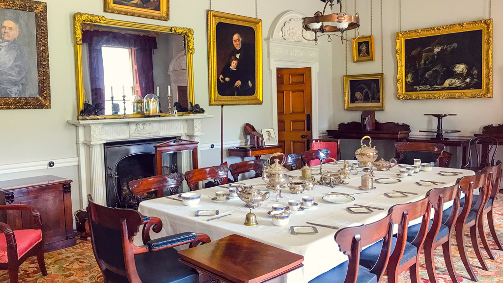 dining-room-in-the-argory-house