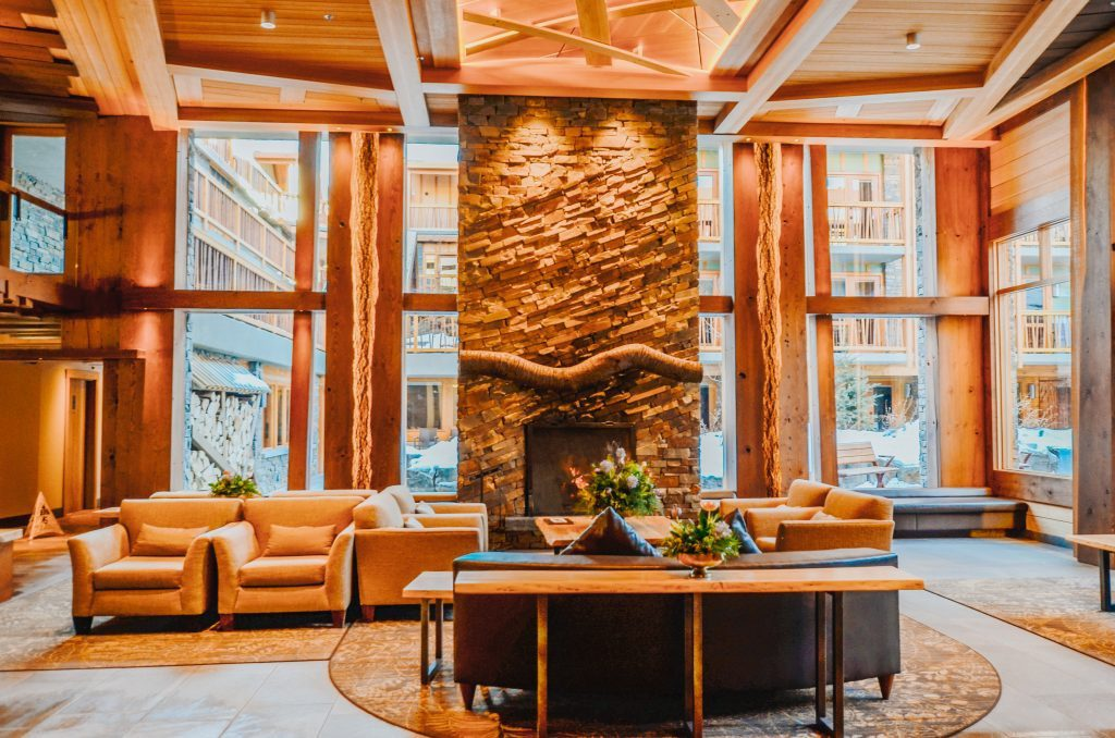 inside-moose-hotel-and-suites-lobby