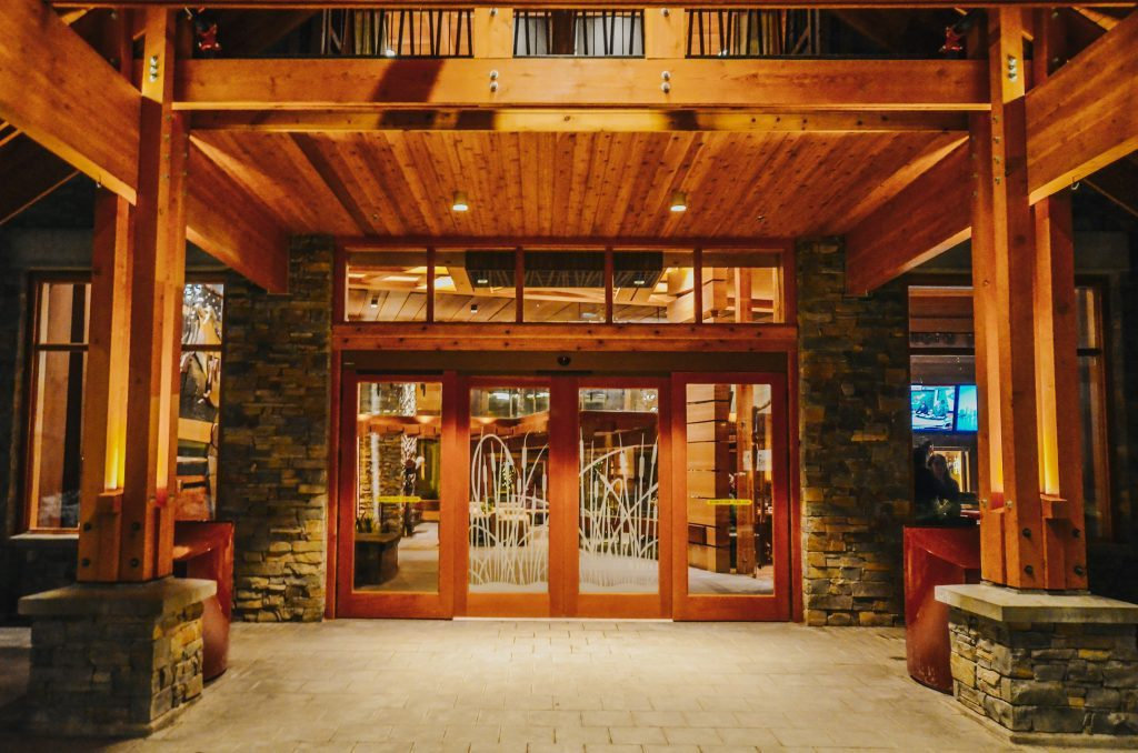 entrance-at-moose-hotel-and-suites-banff