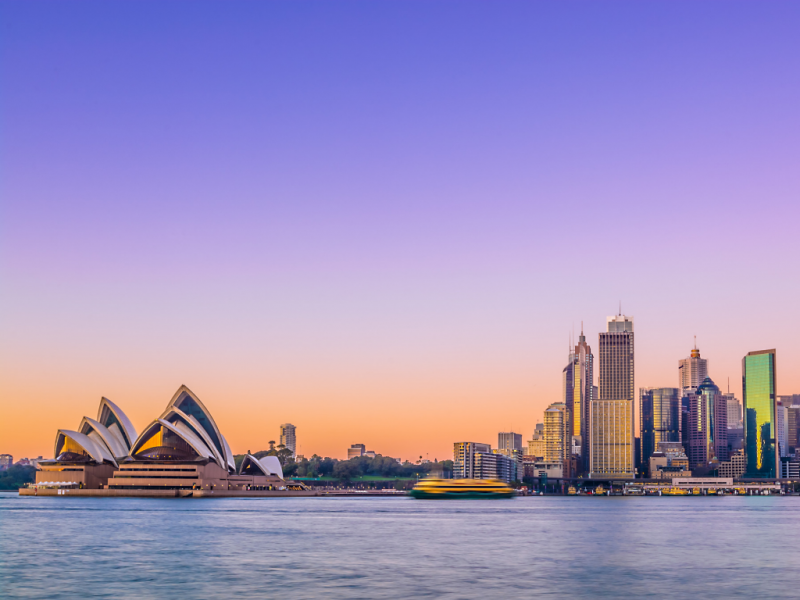 opera-house-in-sydney-harbour